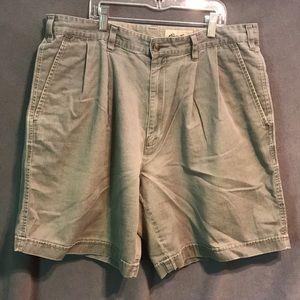 Eddie Bauer men's shorts size 36 used olive green